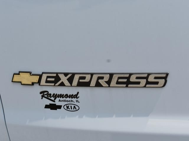 2018 Express 3500 4x2,  Empty Cargo Van #39728 - photo 6