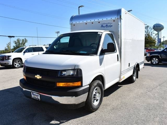 2018 Express 3500 4x2,  Bay Bridge Classic Cutaway Van #39767 - photo 7