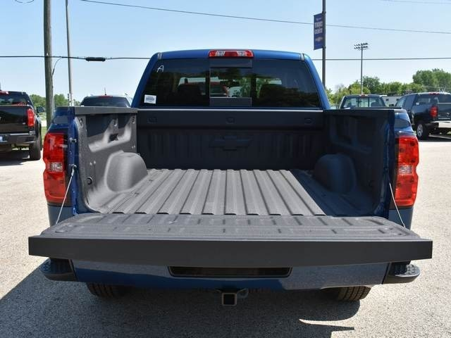 2018 Silverado 1500 Crew Cab 4x4,  Pickup #39900 - photo 18