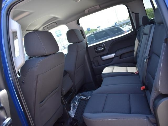 2018 Silverado 1500 Crew Cab 4x4,  Pickup #39900 - photo 20