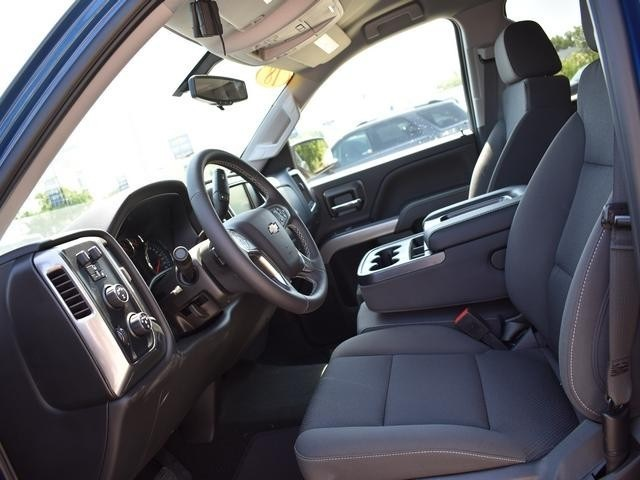 2018 Silverado 1500 Crew Cab 4x4,  Pickup #39900 - photo 24