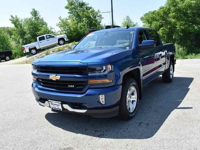2018 Silverado 1500 Crew Cab 4x4,  Pickup #39900 - photo 9