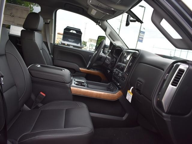 2018 Silverado 2500 Crew Cab 4x4,  Pickup #39997 - photo 18