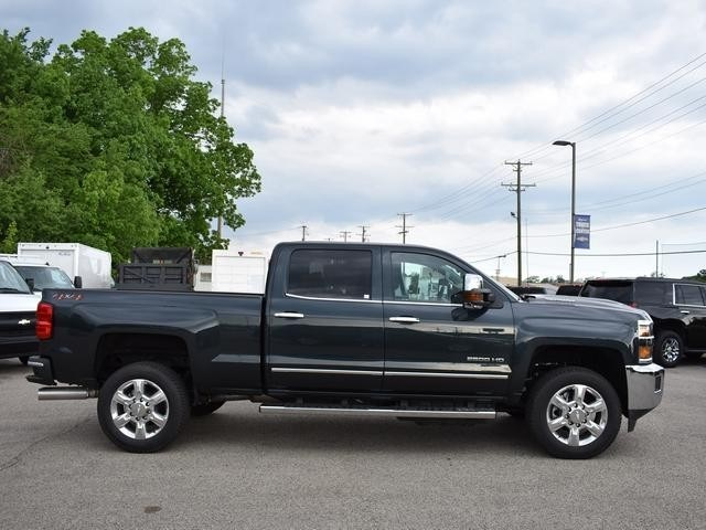 2018 Silverado 2500 Crew Cab 4x4,  Pickup #39997 - photo 3