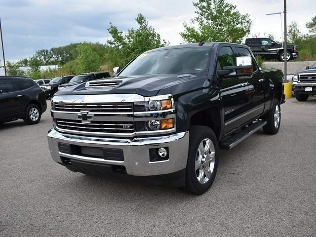 2018 Silverado 2500 Crew Cab 4x4,  Pickup #39997 - photo 9