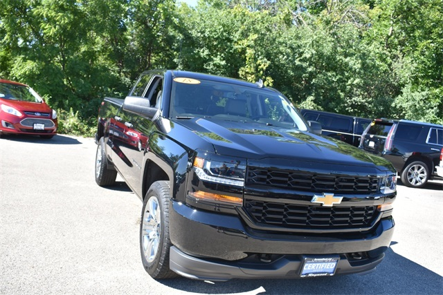 2018 Silverado 1500 Double Cab 4x4,  Pickup #40109 - photo 1