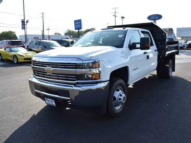 2018 Silverado 3500 Crew Cab DRW 4x4,  Dump Body #40133 - photo 7