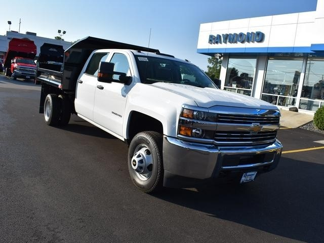 2018 Silverado 3500 Crew Cab DRW 4x4,  Dump Body #40133 - photo 9
