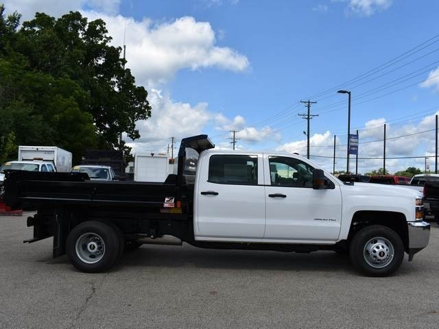 2018 Silverado 3500 Crew Cab DRW 4x2,  Dump Body #40165 - photo 3