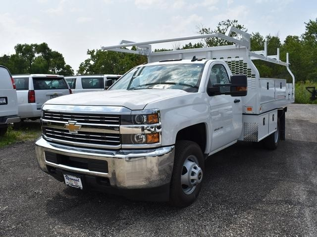 2018 Silverado 3500 Regular Cab DRW 4x4,  Knapheide Contractor Body #40166 - photo 5