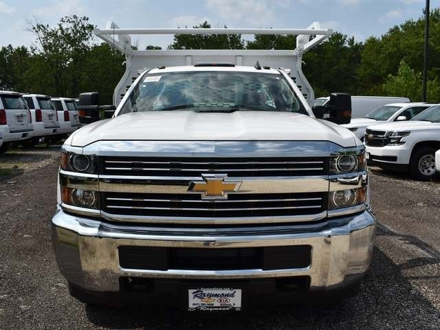 2018 Silverado 3500 Regular Cab DRW 4x4,  Knapheide Contractor Body #40166 - photo 6