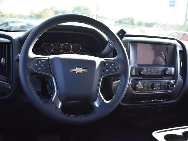 2018 Silverado 1500 Crew Cab 4x4,  Pickup #40322 - photo 20