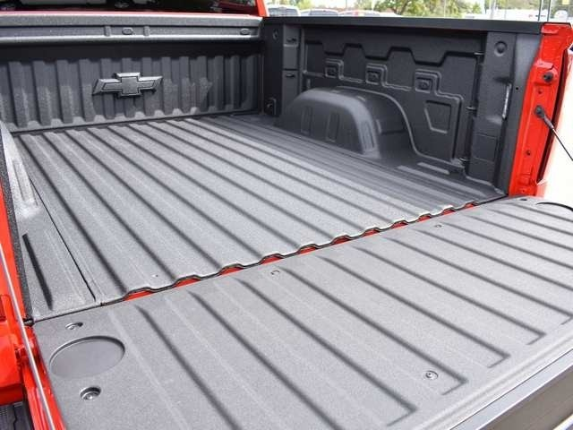 2019 Silverado 1500 Crew Cab 4x4,  Pickup #40463 - photo 17
