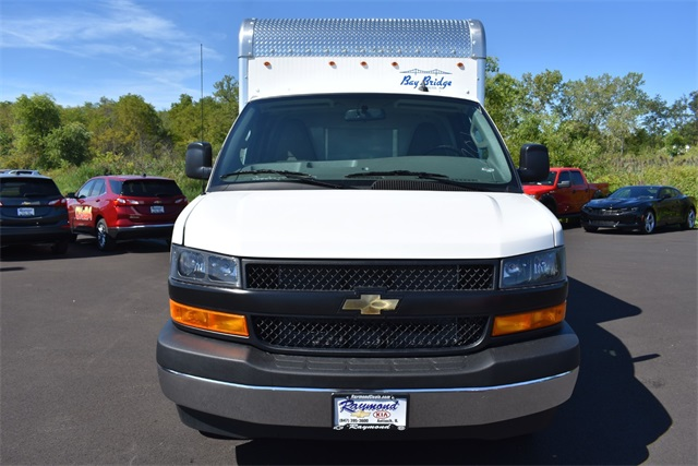 2020 Chevrolet Express 3500 4x2, Bay Bridge Cutaway Van #42656 - photo 8