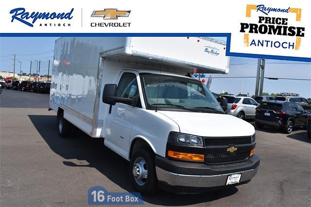 2021 Chevrolet Express 3500 DRW 4x2, Bay Bridge Cutaway Van #43603 - photo 1