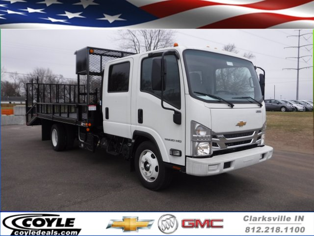 2017 Low Cab Forward Crew Cab 4x2,  Wil-Ro Standard Dovetail Landscape #17130 - photo 1