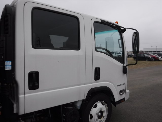 2017 Low Cab Forward Crew Cab 4x2,  Wil-Ro Standard Dovetail Landscape #17130 - photo 29