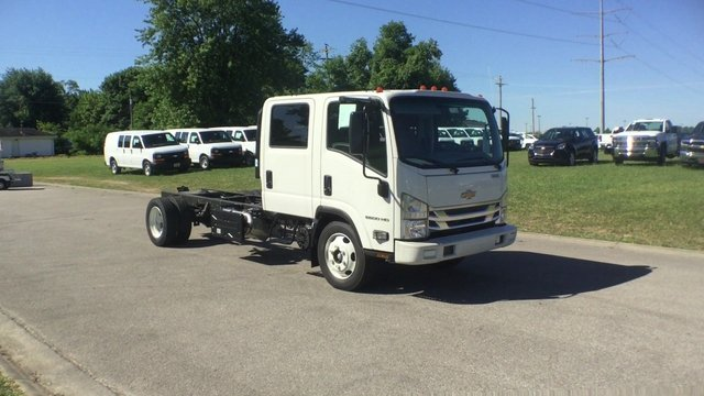2017 Low Cab Forward Crew Cab, Cab Chassis #17130 - photo 3