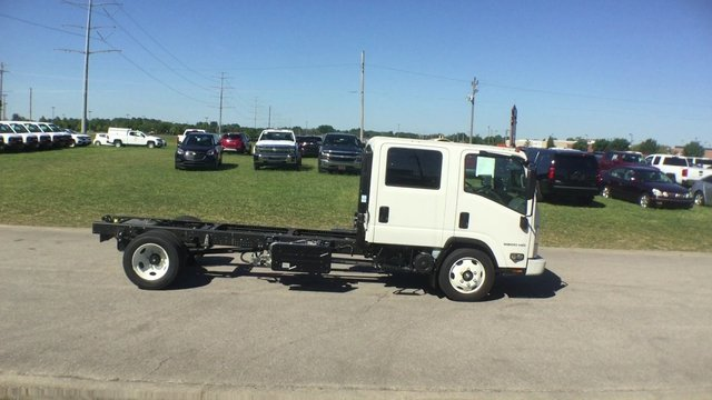 2017 Low Cab Forward Crew Cab, Cab Chassis #17130 - photo 9