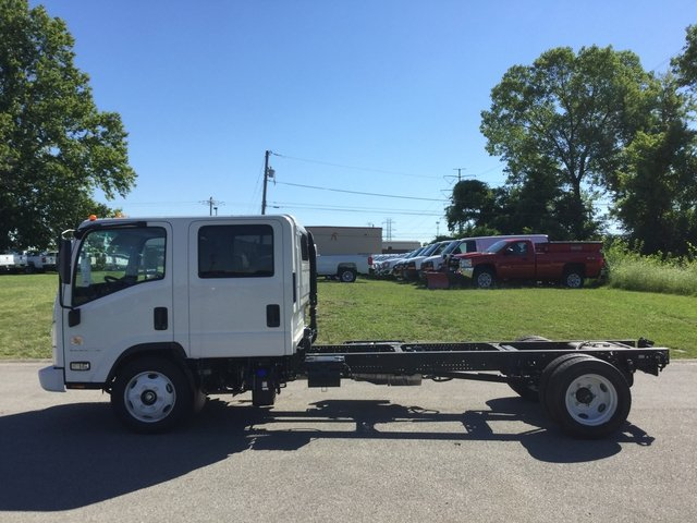 2017 Low Cab Forward Crew Cab, Cab Chassis #17130 - photo 11