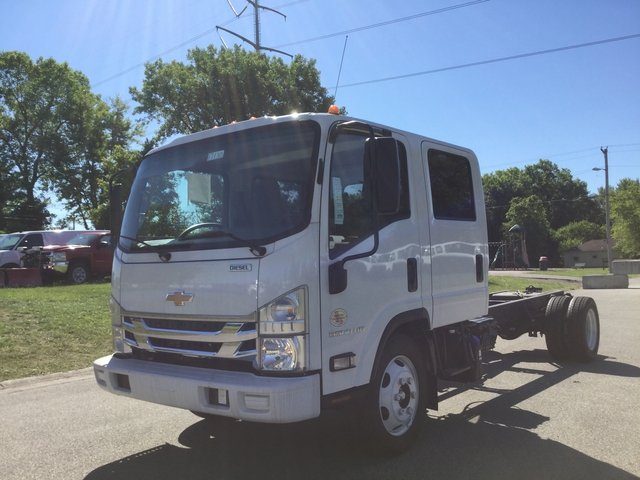 2017 Low Cab Forward Crew Cab, Cab Chassis #17130 - photo 12