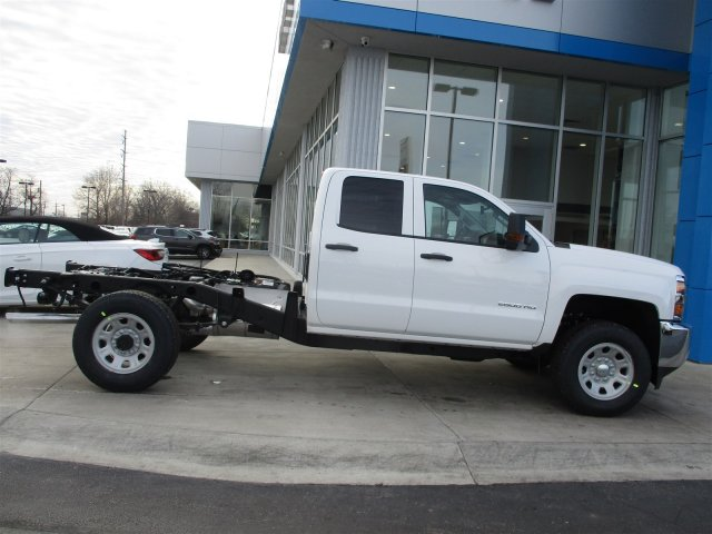 2017 Silverado 2500 Double Cab 4x4, Cab Chassis #17358 - photo 27