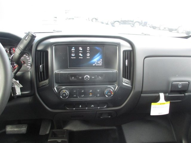 2017 Silverado 2500 Double Cab 4x4, Cab Chassis #17358 - photo 35