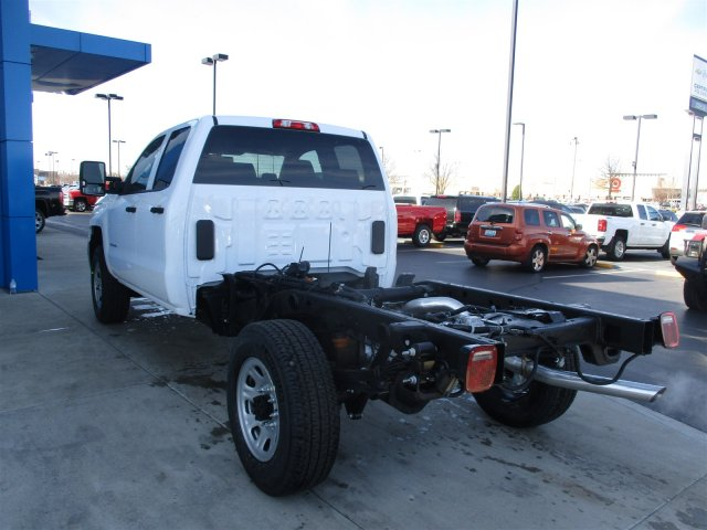 2017 Silverado 2500 Double Cab 4x4, Cab Chassis #17374 - photo 20