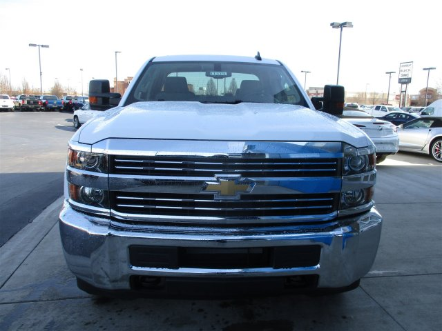 2017 Silverado 2500 Double Cab 4x4, Cab Chassis #17374 - photo 3