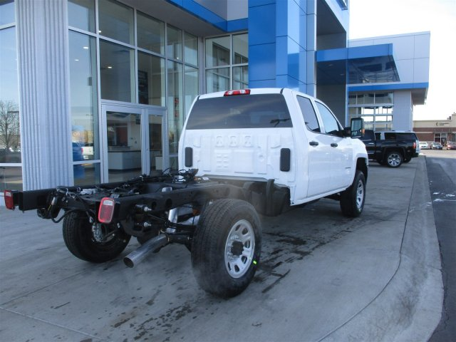 2017 Silverado 2500 Double Cab 4x4, Cab Chassis #17374 - photo 2