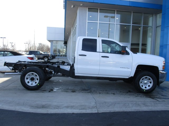 2017 Silverado 2500 Double Cab 4x4, Cab Chassis #17374 - photo 22