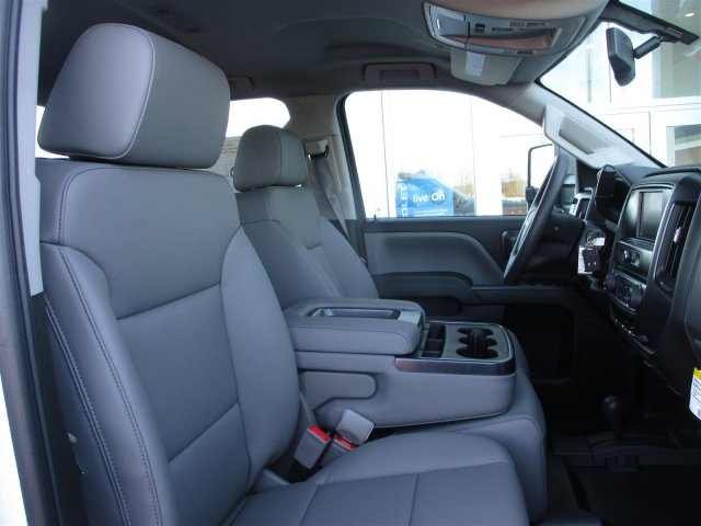 2017 Silverado 2500 Double Cab 4x4, Cab Chassis #17374 - photo 25