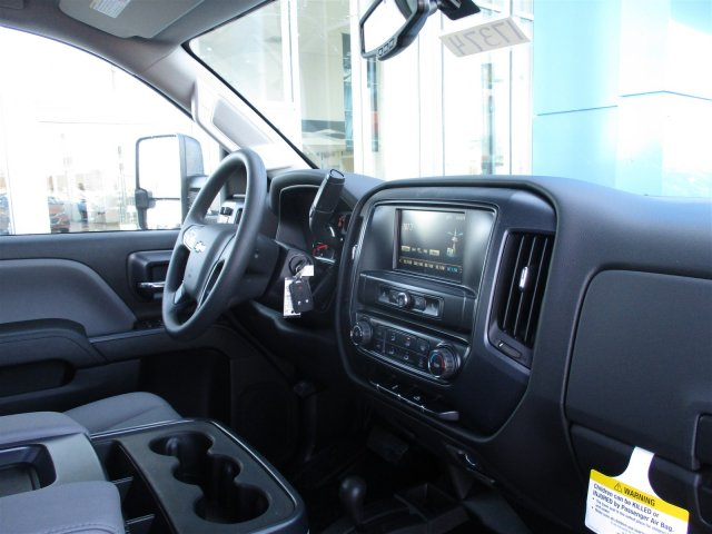 2017 Silverado 2500 Double Cab 4x4, Cab Chassis #17374 - photo 26