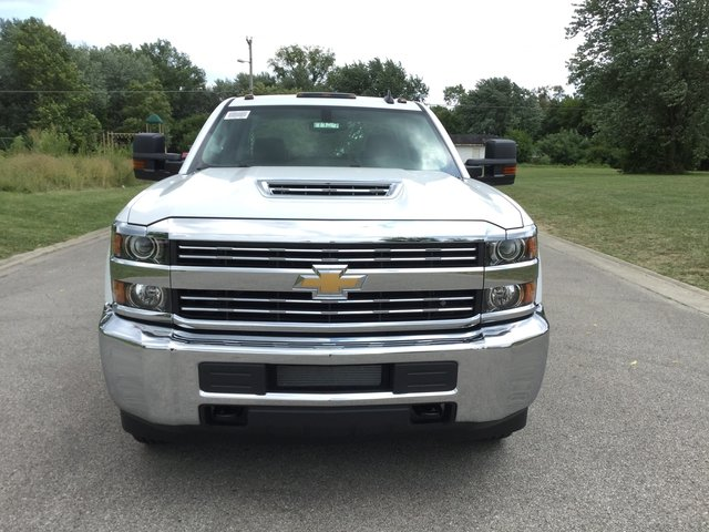 2017 Silverado 3500 Crew Cab 4x4, Platform Body #17727 - photo 9