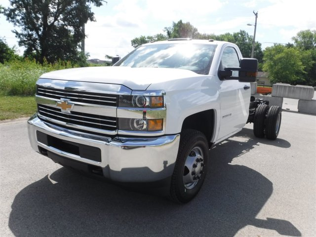 2017 Silverado 3500 Regular Cab 4x4, Cab Chassis #17735 - photo 4