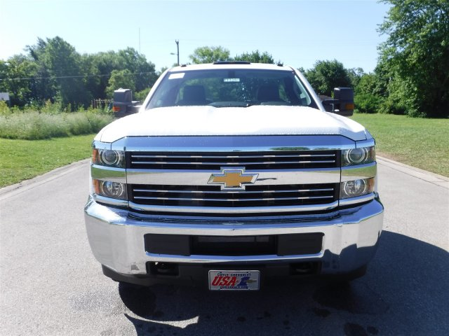 2017 Silverado 3500 Regular Cab 4x4, Cab Chassis #17736 - photo 3