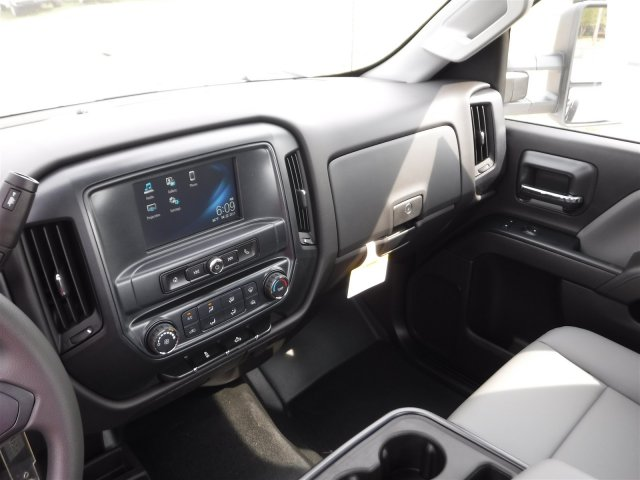 2017 Silverado 3500 Regular Cab 4x4, Cab Chassis #17758 - photo 15