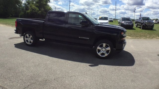 2017 Silverado 1500 Crew Cab 4x4 Pickup #17887 - photo 10