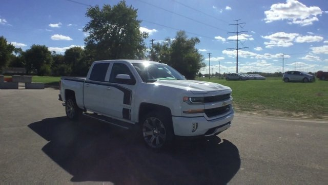 2017 Silverado 1500 Crew Cab 4x4 Pickup #17889 - photo 3