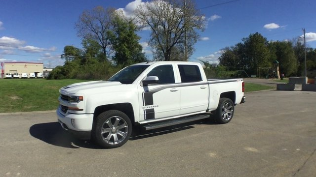 2017 Silverado 1500 Crew Cab 4x4 Pickup #17889 - photo 5