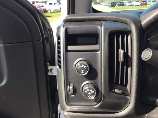 2017 Silverado 1500 Crew Cab 4x4 Pickup #17889 - photo 19