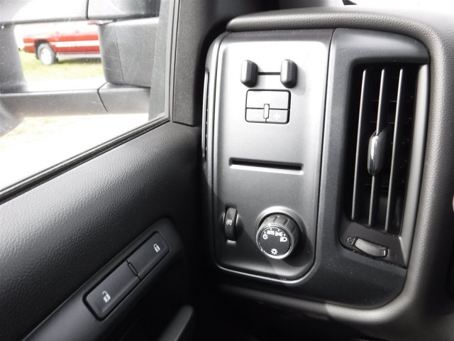 2017 Silverado 3500 Regular Cab DRW, Cab Chassis #17896 - photo 11