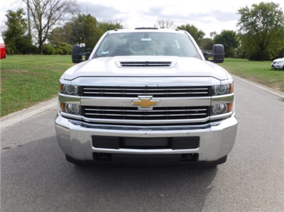 2017 Silverado 3500 Regular Cab DRW, Cab Chassis #17896 - photo 22
