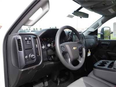 2017 Silverado 3500 Regular Cab DRW, Cab Chassis #17896 - photo 4