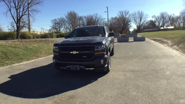 2017 Silverado 1500 Crew Cab 4x4 Pickup #17911 - photo 4
