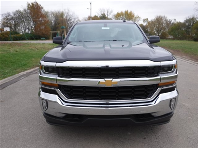 2017 Silverado 1500 Crew Cab 4x4 Pickup #17914 - photo 3