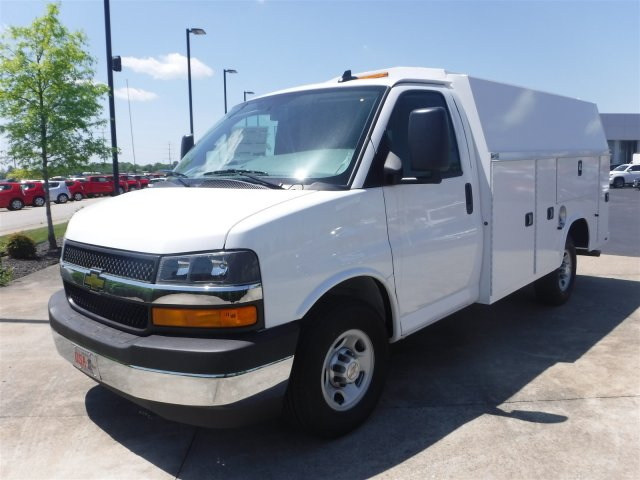 2017 Express 3500, Knapheide Service Utility Van #17969 - photo 4