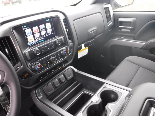 2018 Silverado 1500 Crew Cab 4x4, Pickup #18142 - photo 9