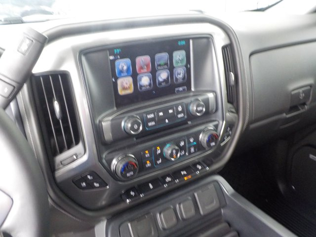 2018 Silverado 1500 Crew Cab 4x4,  Pickup #18146 - photo 12