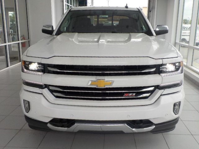 2018 Silverado 1500 Crew Cab 4x4,  Pickup #18146 - photo 3